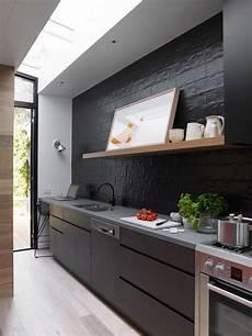 cuisine noir mat 1001 id 233 es cuisine noir mat et bois 233 l 233 gance et sobri 233 t 233