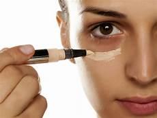 errores que evitar cuando utilizamos el corrector de maquillaje bulevar sur