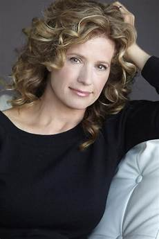 Nancy Travis Hair