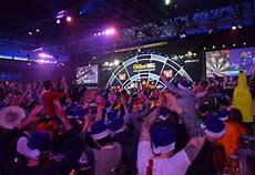 darts wm im ally pally 2018 norma