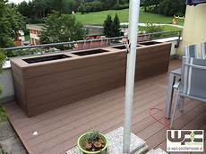 Bambus Bpc Wpc Terrasse Mit Hochbeet Gr 252 Ner Sichtschutz