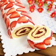 dolce con le fragole fatto in casa da benedetta rotolo soffice alle fragole fatto in casa da benedetta rossi ricetta nel 2020 ricette