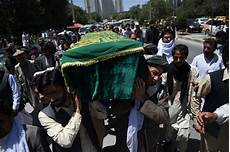 afghan news afghan journalist zabihullah tamanna laid to rest in kabul