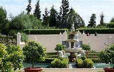 italian renaissance garden picture of hamilton gardens hamilton tripadvisor