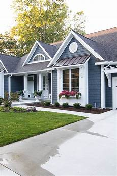 lake house exterior street side house paint exterior exterior paint colors for house