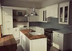 Cuisine Blanche De Style Cape Cod Et M 233 Lamine Bois Fonc 233