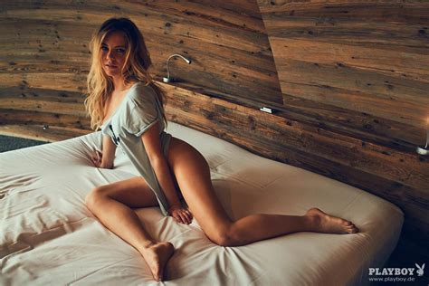 Frida Karlsson Nude