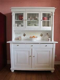küchenschrank mit arbeitsplatte buffetschr 228 nke jugendstil k 252 chenbuffet buffetschrank in wei 223 ein designerst 252 ck