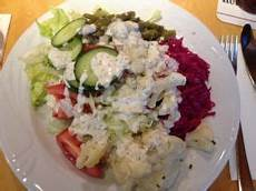 kalorien gemischter salat selbst gemacht gemischter salat mit dressing kalorien