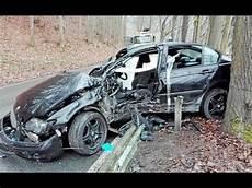 Rozbite Samochody Z Niemiec Wybite Poduchy Wstawione