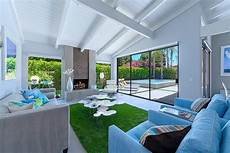 21 relaxing living rooms with gorgeous modern 10 relaxing living rooms with gorgeous and modern sofas