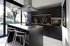 küche schwarz matt siematic musterk 252 che kunststoff beschichtet in schwarz