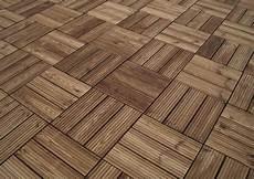 Holzarten Für Außenbereich - dauerhafte holzkonservierung 02 terrassenfliesen aus