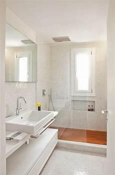 mattonelle bagni moderni mosaico bagno 100 idee per rivestire con stile bagni