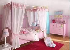letto baldacchino bambina letto a baldacchino per bambini un sogno non per