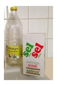 desherbant liseron bio fabriquer un d 233 sherbant naturel et bio eau vinaigre et