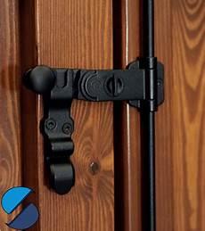 ferramenta per persiane in legno catenacci per scuri in legno novit 224 blocca scuri spranghe