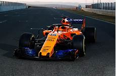 mclaren begins 2018 formula 1 season with renault autodeal
