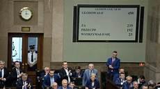 corte suprema europea polonia parlamento approva riforma corte suprema snorki
