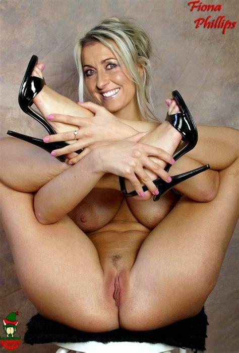 Julia Simic Nude