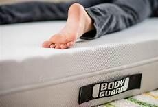 Bodyguard Matratze Rückenschmerzen - eine matratze f 220 r jede lebenslage kinderzimmer co