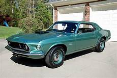 the top 10 mustang colors that should return