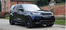 Land Rover Discovery 5 Exterior Revere Land