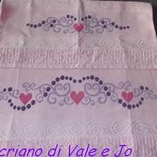 punto croce asciugamani bagno bordure con iniziali punto croce asciugamani cerca con