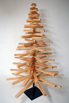 tannenbäume basteln aus holz weihnachtsdeko crosstree der christbaum aus holz h 246 he