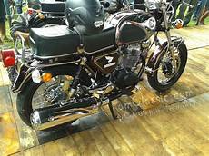 Cb Modif Harley by Modifikasi Cb 100 125 150 Classic Glatik Airbrush Antik