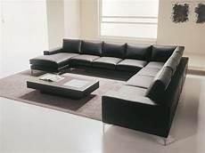 divanetti moderni divano su misura moderno lineare dal design leggero