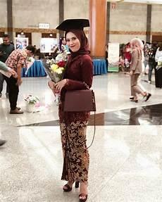 Jilbab Yang Cocok Untuk Kebaya Merah Marun Tips Mencocokan