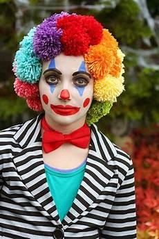 Clown Schminken Wei 223 Es Make Up Als Basis Cremiger Oder In