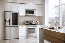 Kühlschrank Für Einbauküche - lg unveils smartthinq a system that controls your fridge