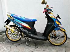 Variasi Mio Sporty by Modifikasi Motor Mio Sporty Bergaya Thailand Look