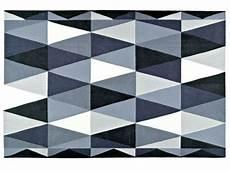 tapis salon graphique 50 tapis qui ont du style id 233 es pour la maison tapis