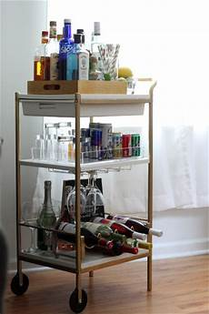 minibar für wohnzimmer so baust du dir deine eigene minibar ikea hacks pimps