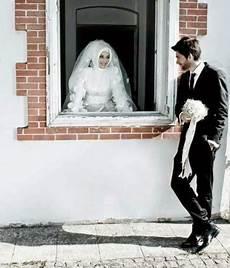 Kumpulan Contoh Pose Gambar Foto Pre Wedding Islami Modern