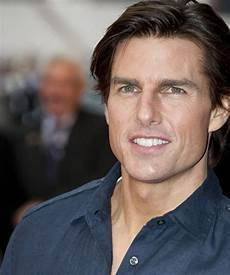 tom cruise does not look like this anymore