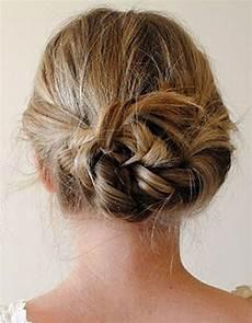 Comment Faire Un Chignon Sur Cheveux Court