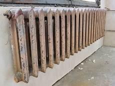Alte Heizkörper Reinigen - vergilbte heizk 246 rper streichen oder reinigen bauen de