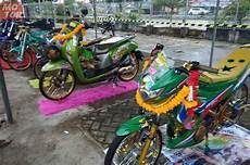 Motor Plus Modifikasi by Wuidih Motor Modifikasi Gaya Ini Dominasi Sumatera