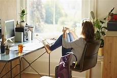 Sollte Den Schreibtisch Vor Fenster Positionieren
