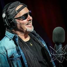 lo show vasco live kom 2015 intervista vasco rtl 102 5
