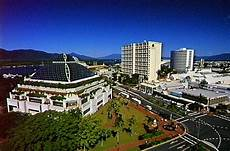 hotels in city cairns
