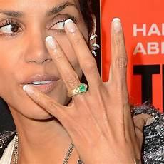 beautiful unconventional celebrity engagement rings arabia weddings