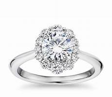 knife edge graduated oval diamond halo engagement ring in 14k white gold 1 3 ct tw blue nile