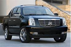 2020 cadillac escalade ext rumors possible design and