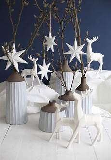 weihnachtsdeko sale skulptur quot hirsch quot rentier wei 223 poly weihnachtsdeko modern