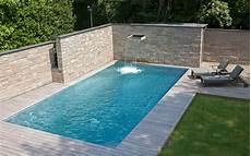 untergrund für pool im garten konsequent genutzt und optimal gesch 252 tzt out door living